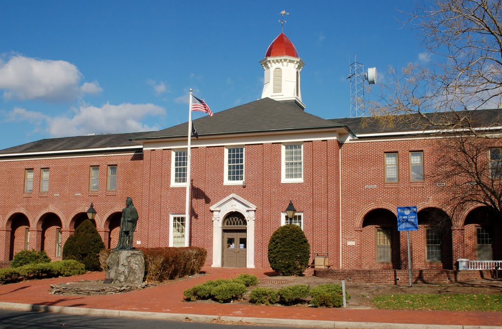 Mays Landing Historic Court House Statue